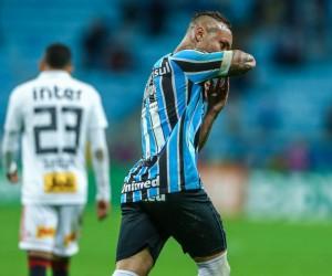 Luan marcou dois gols na vitória do tricolor do Sul - Lucas Uebel/Grêmio