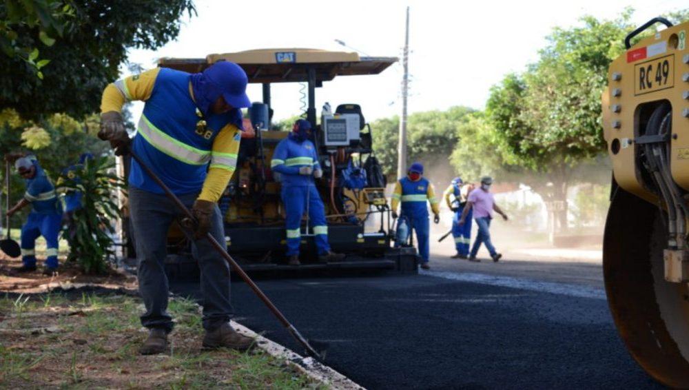 Obras de pavimentação asfáltica serão realizadas em bairro de Glória de Dourados. (Ilustrativa, Edemir Rodrigues, Governo do Estado).